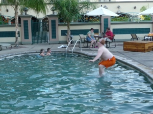 Andy does a cannonball!